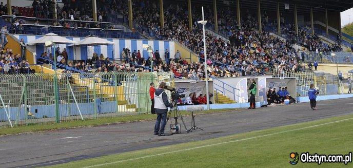 Artykuł: Kto zamontuje oświetlenie stadionu Stomilu? Olsztyńska firma najtańsza