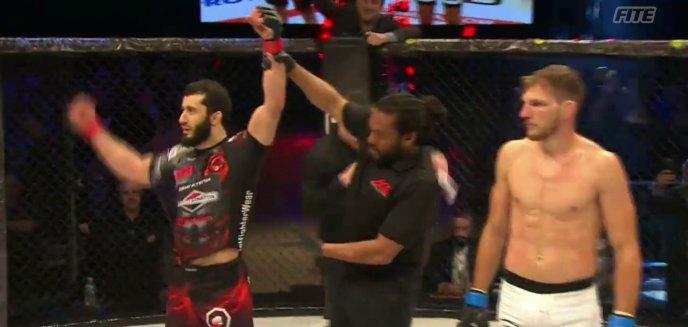 Artykuł: 21 sekund. Mamed Khalidov nokautuje Luke'a Barnatta na gali MMA w Manchesterze! [WIDEO]