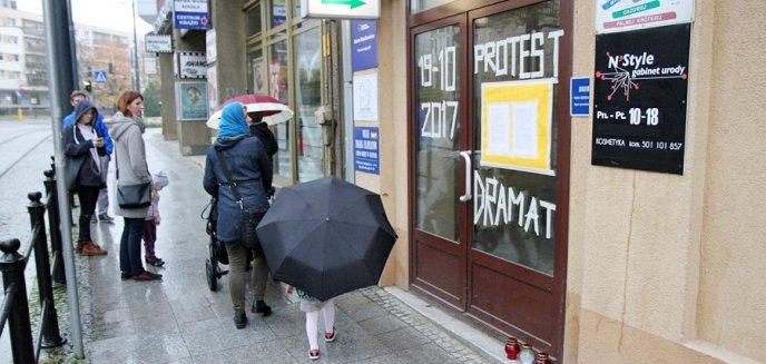 Artykuł: W Olsztynie przypominają PiS warszawską tragedię [ZDJĘCIA]