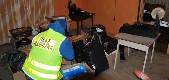 Artykuł: Warmińsko-mazurscy funkcjonariusze na tropie Ukraińców produkujących nielegalne papierosy