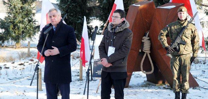 Artykuł: ''Dopominamy się o szacunek dla Polski''. Obchody 65. rocznicy śmierci gen. Fieldorfa ''Nila'' [ZDJĘCIA]