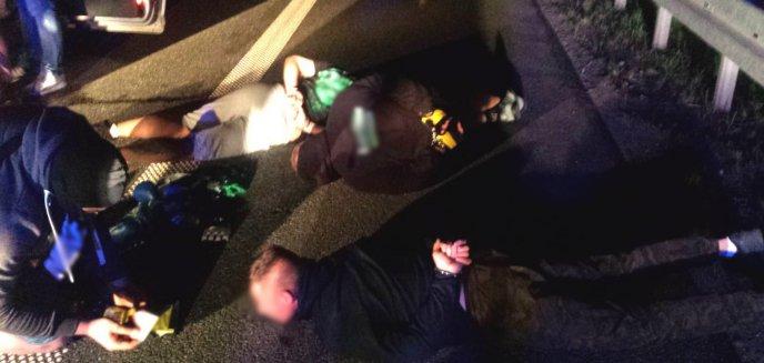 Artykuł: Policjanci udaremnili ustawkę kiboli z Olsztyna i Gdańska z kibicami z Elbląga [ZDJĘCIA]