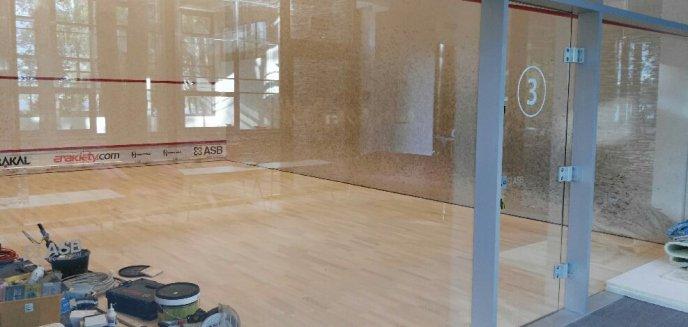 Artykuł: Remont kortów do squasha w Centrum Ukiel. Jest jedno ''ale''