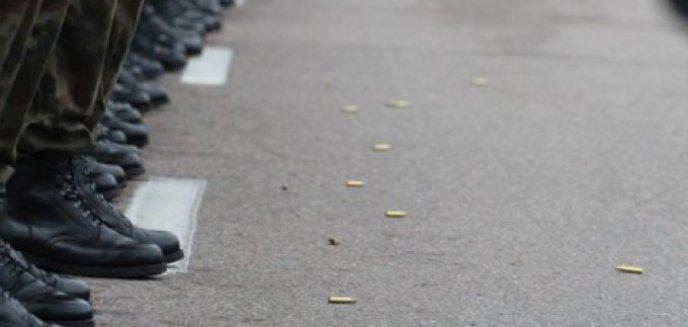 Artykuł: Pijani oficerowie Wojska Polskiego pobili policjantów. Zapadnie wyrok
