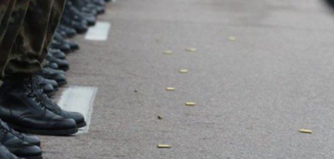 Artykuł: Pijani oficerowie Wojska Polskiego pobili policjantów. Proces od początku