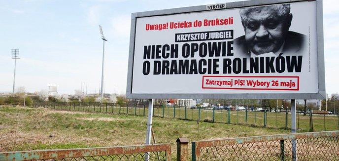 Artykuł: ''Uwaga! Ucieka do Brukseli''. Krzysztof Jurgiel na billboardach w Olsztynie