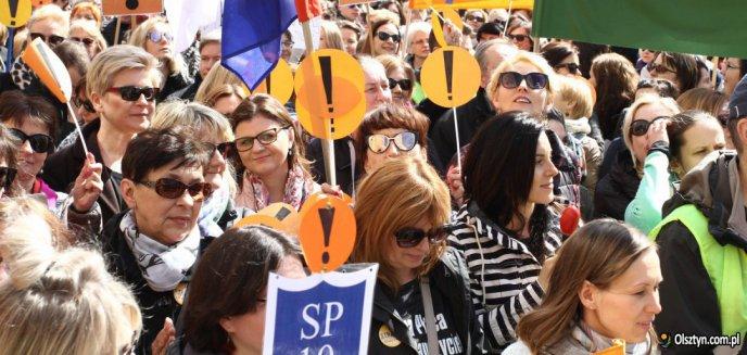 Artykuł: Strajk nauczycieli w Olsztynie. Prezydent obiecał wynagrodzenia, ale... ich nie będzie