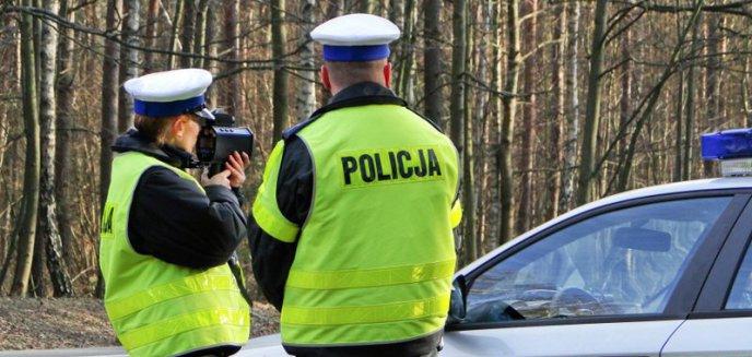 Artykuł: Policyjny pościg za kompletnie pijanym 60-letnim kierowcą