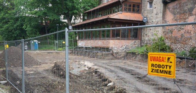 Artykuł: Budowa ogródków restauracyjnych przy Łynie stoi w miejscu. Co dalej?