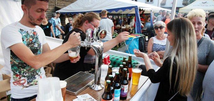 Artykuł: Święto Warmińskiego Piwowara. To była obowiązkowa impreza dla miłośników piwa [ZDJĘCIA]