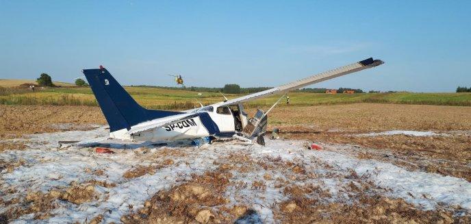 Artykuł: Niecodzienne zdarzenie pod Jezioranami. Na lotnisku rozbił się samolot