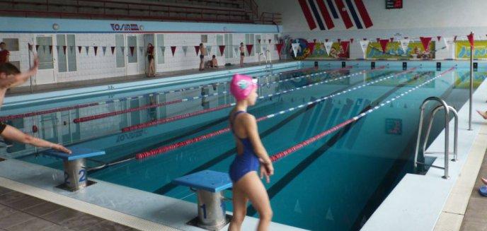 Artykuł: Co z wyjściami na basen? Dzieci odczuwają skutki luki budżetowej w oświacie [AKTUALIZACJA]