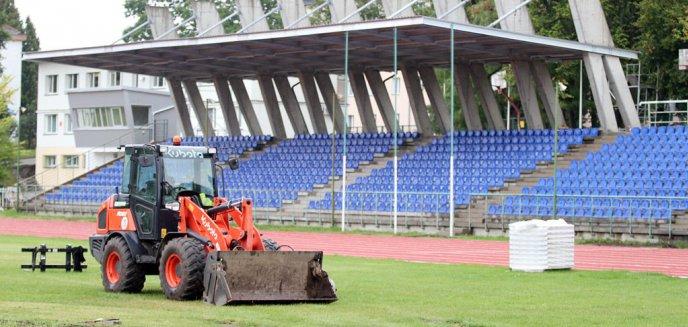 Remont stadionu kortowskiego na finiszu [ZDJĘCIA]