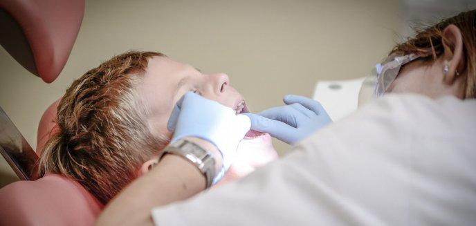 Artykuł: W szkołach brakuje dentystów. Jak wygląda sytuacja w Olsztynie?