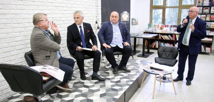 Debata kandydatów ''olsztyńskiej'' listy do Senatu. Dostało się rządowi, mediom narodowym…