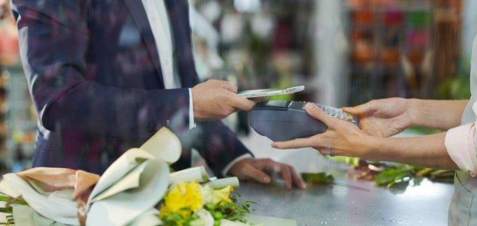 Artykuł: Czy mały przedsiębiorca potrzebuje płatności bezgotówkowych?