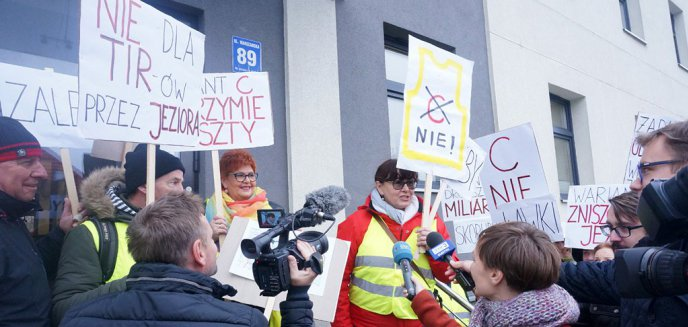 Mieszkańcy Mazur złożyli 10 tys. podpisów pod petycją przeciwko jednemu z wariantów S16