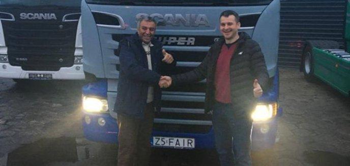Irańczyk, któremu pomagały olsztyńskie firmy, wraca do domu. Ma nową ciężarówkę