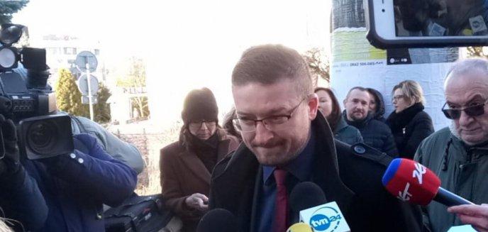 Artykuł: Zbigniew Ziobro nie przedstawi olsztyńskiemu sądowi korespondencji z marszałek Sejmu