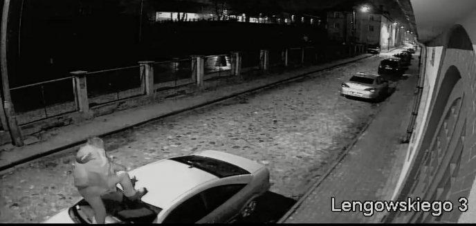 Artykuł: Na ulicy Lengowskiego w Olsztynie auta... prowokowały ''Nocnego Wędrowca'' [WIDEO]