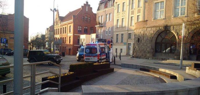 Artykuł: Alarm w centrum Olsztyna. ''Jestem na ulicy i podejrzewam, że mam koronawirusa''