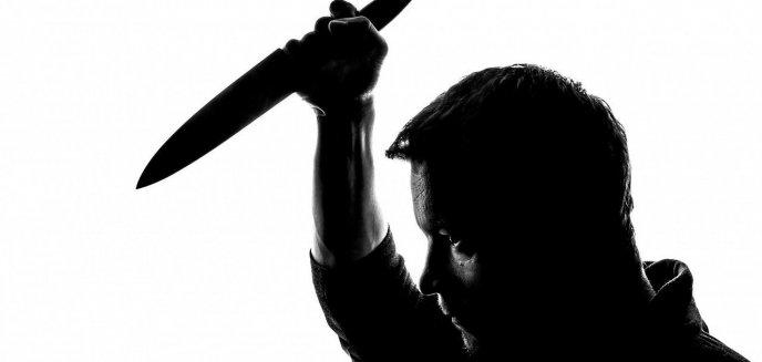 Artykuł: Ugodził nożem przypadkowego mężczyznę. Odpowie w ramach ''recydywy''