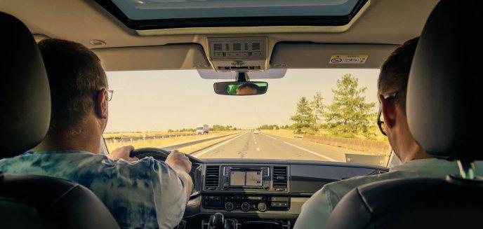 Artykuł: Koronawirus. Czy w dobie pandemii zabronione są dojazdy zorganizowane do pracy?