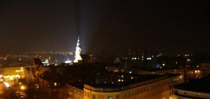 Artykuł: Opony i seksafera, czyli z czym kojarzy się Olsztyn