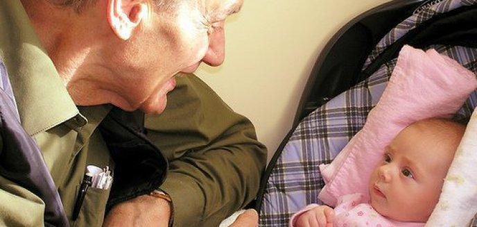 Artykuł: Dzień Babci i Dzień Dziadka - pamiętajmy!