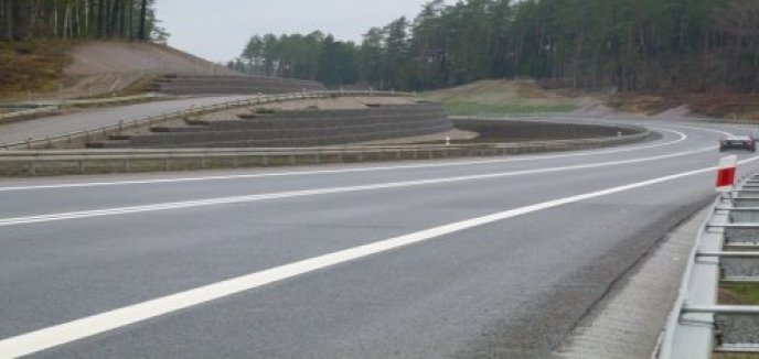 Artykuł: Konsultują plany przebudowy drogi krajowej nr 51